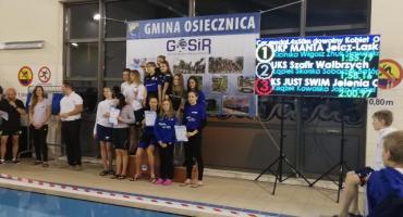 Siedemnaście Medali na początek rywalizacji pływaków w 2019 roku.