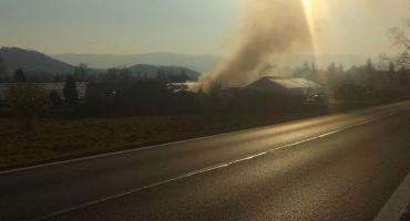 To się dzieje teraz. Kolejny bardzo groźny pożar w regionie.