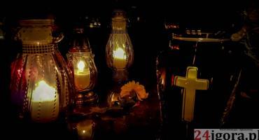 Jeleniogórzanie odwiedzali groby swoich bliskich