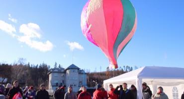 Na lotnisku odbyły się Mikołajkowe Zawody Balonowe