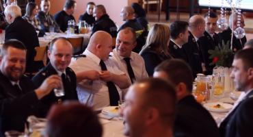 Ochotnicy i strażacy zawodowi rozmawiali o współpracy