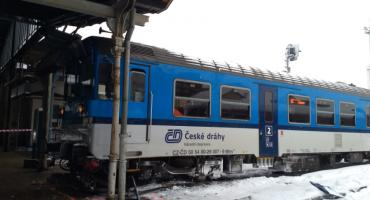 Liberec : Pociąg wjechał na peron