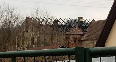 Staniszów po wczorajszym pożarze.