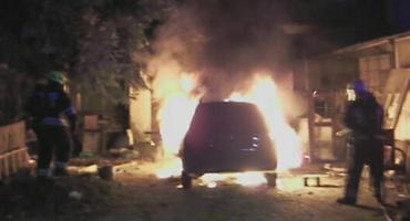 Jelenia Góra - Doszczętnie spłonął samochód