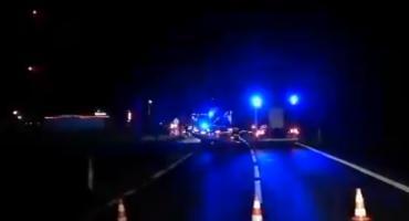 Koszmar na drodze pod Bolesławcem. Samochód śmiertelnie potrącił trzy osoby