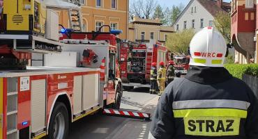 Interwencja straży pożarnej na ulicy Cieplickiej