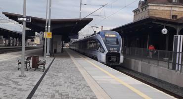 Na wakacje pociągiem bezpośrednio do Łeby i Helu