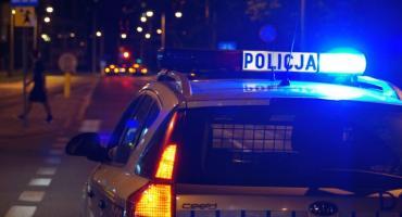 Pijany 16-latek rzucił kamieniem w przejeżdżający radiowóz-został zatrzymany.
