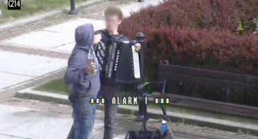 Próbował okraść mężczyznę grającego na akordeonie