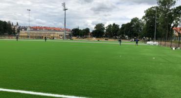 Boczne boisko w Parku Sportowym Złotnicza prawie gotowe