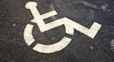 Zlikwidują miejsca parkingowe dla niepełnosprawnych?