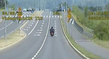 57-letni motocyklista jechał w mieście 132 km/h!