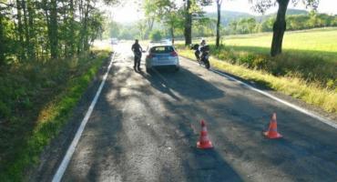 Motocyklista uderzył w drzewo. Zginął na miejscu.