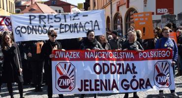 Nauczyciele znów będą strajkować