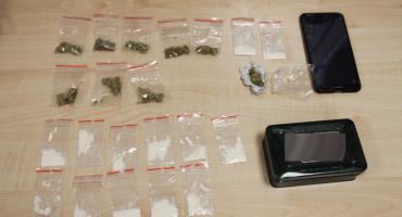 Piętnastolatka z narkotykami