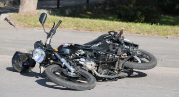 Kolizja z udziałem motorowerzysty w Sejnach (zdjęcia)