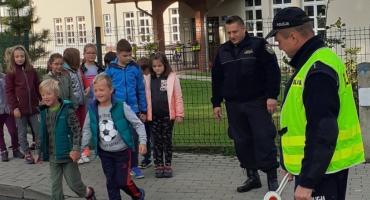 WSPÓŁPRACA Z POLICJĄ I STRAŻĄ MIEJSKĄ w Szkole Podstawowej Nr 1 w Szklarskiej Porębie