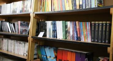 Szkolne biblioteki z rządowym wsparciem na zakup książek