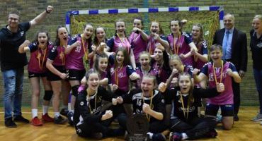 Młodziczki Dziewiątki grają przy Lotniczej o ćwierćfinał mistrzostw kraju