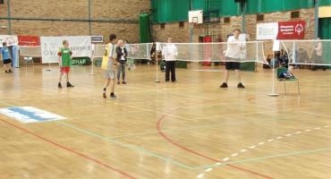 Niepełnosprawni z całego województwa grali w Legnicy w badmintona