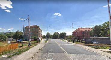 Kolej zamyka przejazd na Chojnowskiej. Przez dwa tygodnie będą objazdy