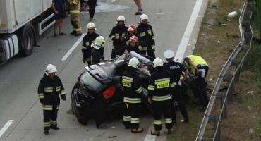 Groźny wypadek na A4. Zderzenie tira i osobówki