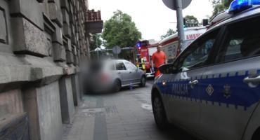 Wypadek autobusu i 3 samochodów w centrum. Ruch jest sparaliżowany!