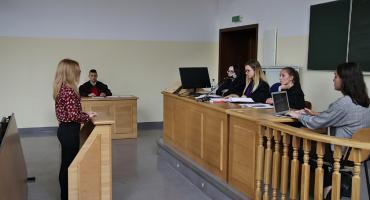 """PWSZ zachęca do studiowania """"Prawa"""" w swoich murach"""