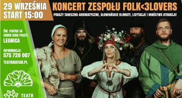 Słowiański folk muzyczny i akrobatyczne show dla Rogińskiego