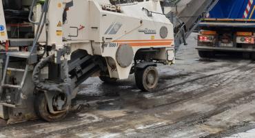 Kolejka chętnych do remontu kawałka ulicy Sikorskiego na Piekarach