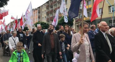 Tłumy kaliszan na Marszu dla Życia i Rodziny - ZDJĘCIA