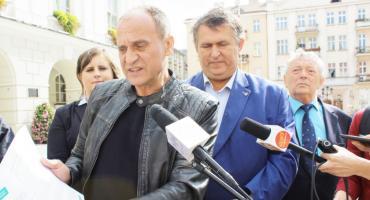 Paweł Kukiz w Kaliszu przekonywał, że z PSL-em gra do jednej bramki