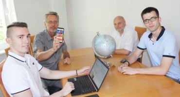 Aplikacja uczy języka obcego  bez poświęcania twojego czasu!