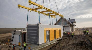 Elmot z Nowego wie jak szybko i skutecznie postawić nowoczesny budynek mieszkalny