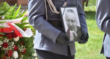 Policjant zginął na służbie. Prokuratura okręgowa sprawdza, jak doszło do wypadku