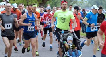 Ponad osiemset osób pobiegło w VI Biegu Rycerskim w Świeciu. Odszukajcie się na zdjęciach