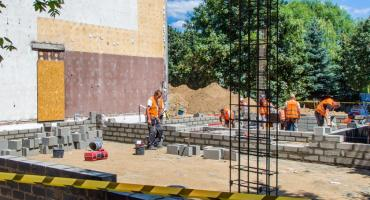 W Motylku będzie uczyć się 175 dzieci. Budynek będzie gotowy w listopadzie