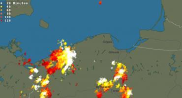 Ostrzeżenie meteo: Burze przechodzą dziś nad powiatem świeckim