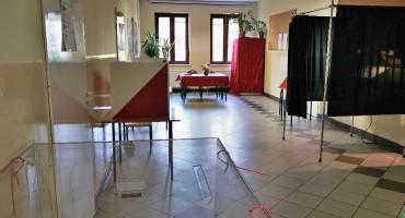 WYBORY PARLAMENTARNE 2019: Wygrywa PiS. Według sondaży partii przypadnie 239 miejsc w sejmie