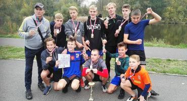 Podwójny sukces uczniów SP nr 1 Świecie w biegach przełajowych