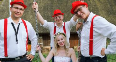 Atrakcje na weselu-w co warto zainwestować, żeby Wasz ślub zapadł w pamięci Wam i gościom weselnym?