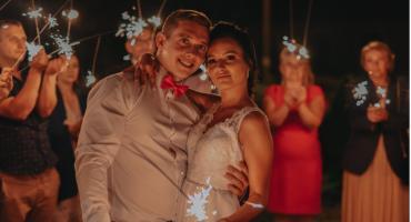 Denis i Monika Dycfeld pobrali się latem, publikujemy zdjęcia. Uwielbiają spędzać czas ze swoimi dziećmi