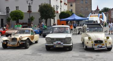 Zlot starych samochodów