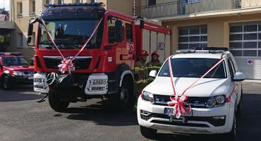 Strażacy dostali nowe samochody