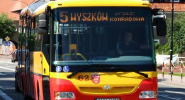 Autobusy na Wszystkich Świętych