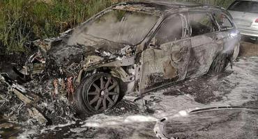 Samochody spłonęły na Patelni