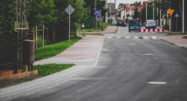 Na Podolszycach jest 300 metrów nowej ulicy.  A na Strażackiej i Stommy trwają prace