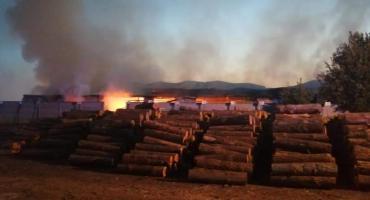 Strażacy prawie 5 godzin gasili pożar w Rokiciu