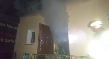 Pożar w Soczewce. 4 godziny ostrego zadymienia