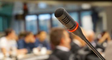 SLD zaprasza do udziału w debacie